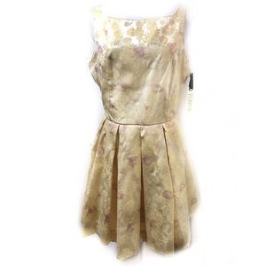 BB Dakota 10 Gold Floral Fit Flare Dress Shirley